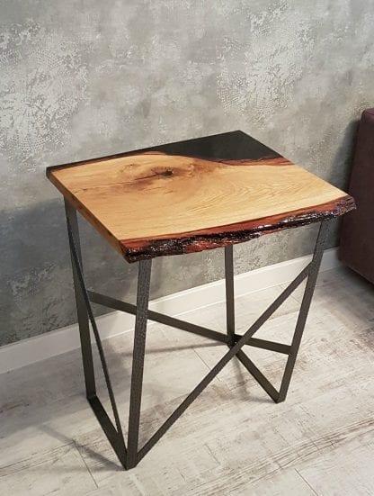 стол из слэба и эпоксидной смолы