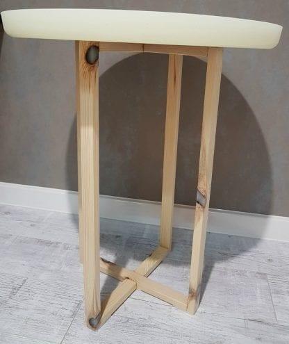 стол из эпоксидной смолы